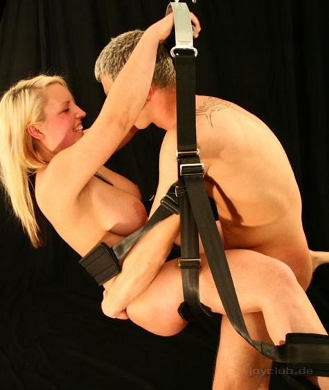 liebesschaukel stellungen sex in sauna