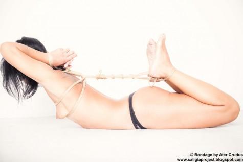 self bondage sex für taschengeld